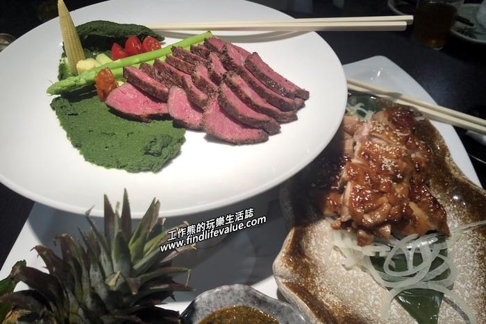 台南銀座日本料理餐廳。雙拼:安格斯牛肉(舒肥)佐菠菜泥、味噌雞肉佐黃芥末子醬。