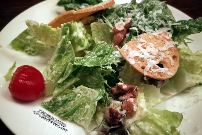 「索緹餐酒館」。生菜沙拉。