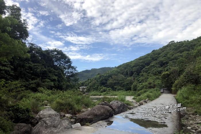 砂婆礑溪攔沙壩便道。