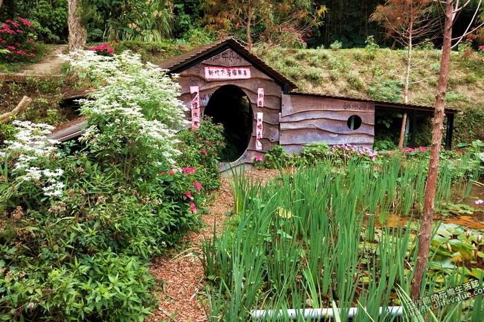 苗栗卓也小屋。模仿荷蘭「羊角村」的牛角村花園,感覺比較像是哈比人房屋的味道。