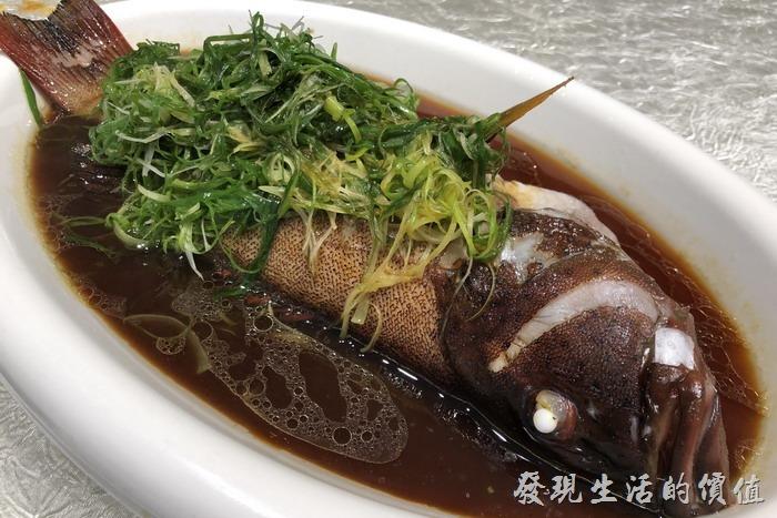 台北東湖-喜相逢麵館。清蒸海紅鯛。
